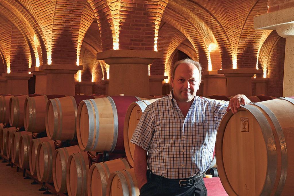 Erklärtes Ziel von Winzer und Visionär Romano Dal Forno ist es, Weine mit grösstmöglicher Konzentration und Komplexität zu schaffen. Er ist ein grosser Bewunderer der Quintarelli-Weine.